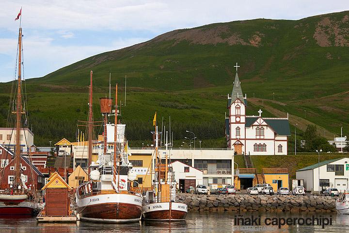 Puerto pesquero de Husavik