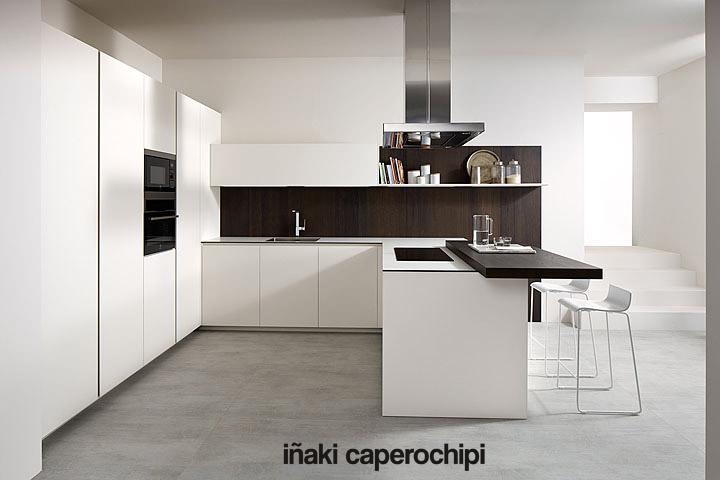 Mobiliario de cocina blanco fénix de la Serie 45 de Dica