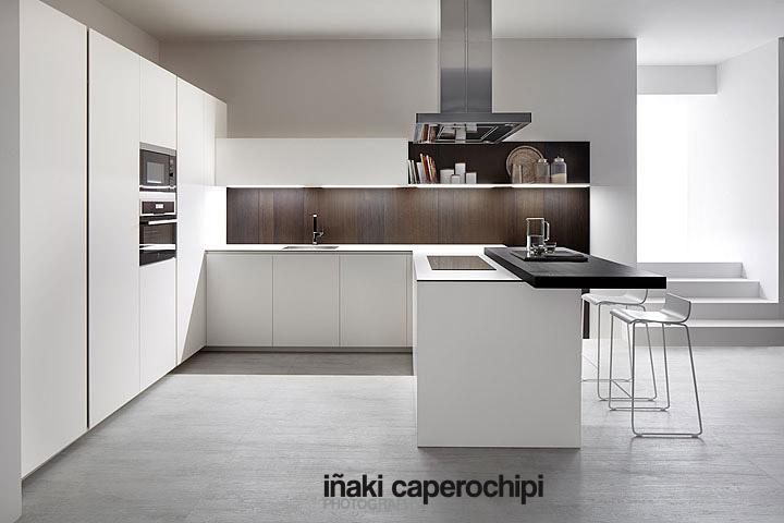 Mobiliario de cocina blanco f nix de la serie 45 de dica for Mobiliario lavadero