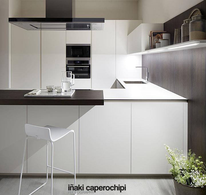 Mobiliario de cocina blanco f nix de la serie 45 de dica for Mobiliario de cocina