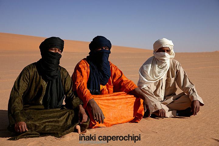 Tuaregs en los alrededores del Lago Mandara
