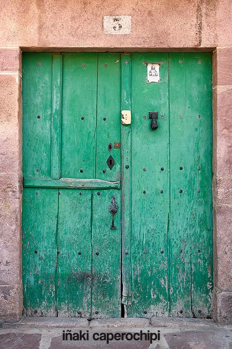 Puerta de caserio