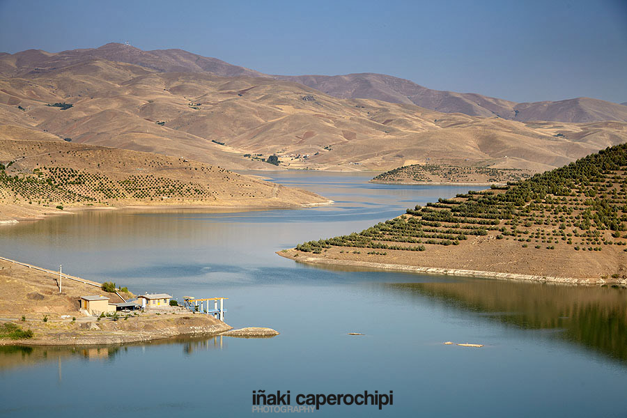 Vahdat Lake